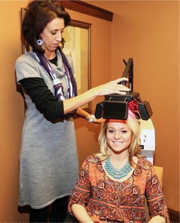 43 لیزرتراپی مو برای بهبود ریزش مو
